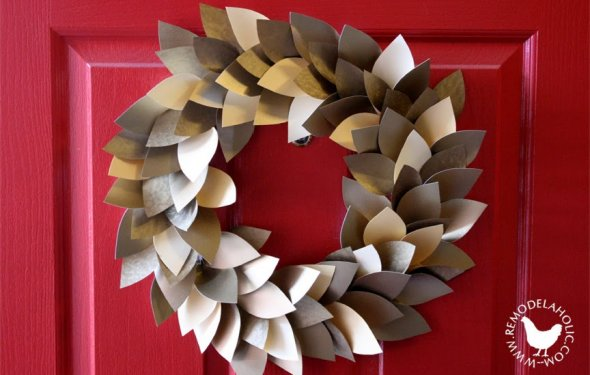 Paper Leaf Holiday Wreath