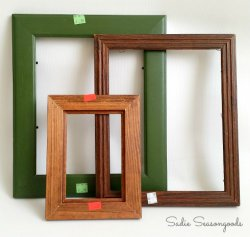 2_empty_picture_frames_from_Goodwill_for_Christmas_decor_by_Sadie_Seasongoods