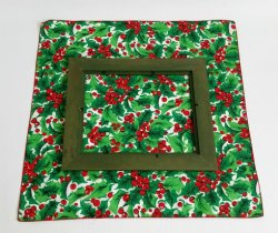 3_creating_wrapped_frame_gift_decor_for_Christmas_by_Sadie_Seasongoods