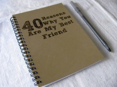 40 reasons you're my best friend journal | Affordable, semi-homemade DIY gift for a BFF
