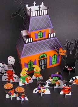 Adorable printable Halloween papercraft playset from Fantastic Toys on Etsy