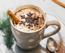 christmas-food-gifts-hot-cappuccino-decorated-with-chocolate-snowflake-and-cinnamon-stick